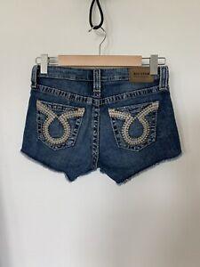 Big Star Liv Women's Denim Shorts Size 26 2.75 Length Low Rise