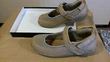 Orthofeet Chickasaw 878 Tan/Gray Women's Shoes Size 9 X-Wide No Insole (OR033)