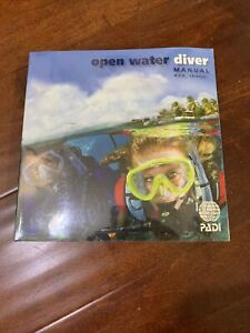 PADI Open Water Diver Manual and dive Planner Chinese Version 潜水员手册,计划表 中文版