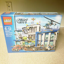LEGO City Police Station 60047 - NEW & Sealed in Box, 854 Pieces