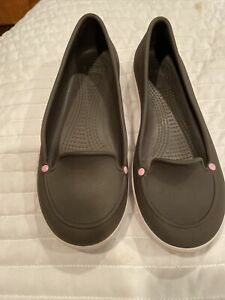 Crocs Size 8 M Brown With Pink Loafer Shoes Synthetic Women Brown