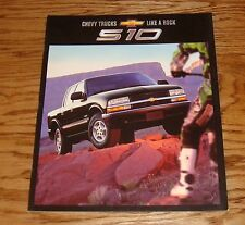 Original 2002 Chevrolet Truck S-10 Pickup Sales Brochure 02 Chevy
