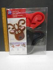 Wilton Reindeer Cake Pan Set with Candy Mold 2105-5787 2 Piece Bakeware NEW NIP