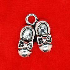 5 x tibétain argent paire de chaussures de bébé avec nœuds charme pendentifs perles bijoux