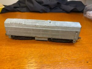 B-UNIT - DIECAST SHARK NOSE POWERED DIESEL LOCOMOTIVE VINTAGE HO TYCO / MANTUA