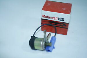 MOTORCRAFT/FORD SOLENOID AND BRACKET D8PZ-9D856-D CS-29 FORD MUSTANG 1979
