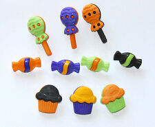 Halloween Treat Buttons / Halloween Candy & Cupcakes / Buttons Galore