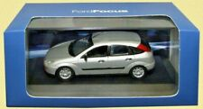DEALER MODEL FORD FOCUS MK.1 model road car red green or silver 2002 1:43rd