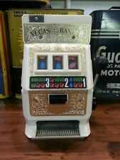 """""""TOY SLOT MACHINE BY POYNTER PRODUCTS"""""""