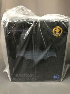 Mezco One:12 Collective Sovereign Knight Batman Black Mask Deluxe Boxed Set NYCC
