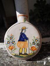 Ancienne secouette Quimper Malicorne fin XIXe décor personnage montre horloge