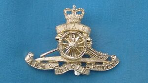 Staybright/Anodised.The Honourable Artillery Company cap badge.6.