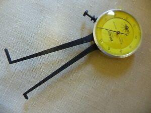 Mitutoyo Dial Caliper Gauge Gage 209-103