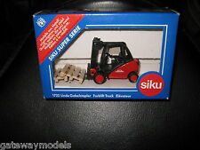 SIKU  LINDE GABELSTRAPLER FORKLIFT TRUCK  QUALITY MODEL MADE IN GERMANY 1722
