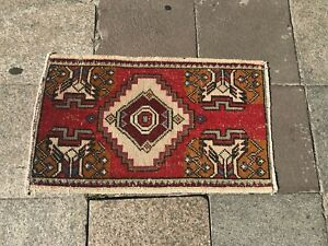 Red Oushak Small Rug, Turkish Handmade Rug, Vintage Small Rug, Faded Wool Rug