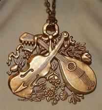 Lovely Shiny Holiday Christmas Violin & Lute Flowers Brasstone Brooch Necklace