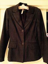 Size 6 Jacquie brown suit jacket. Excellent condition.