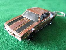 OLDSMOBILE 442 BROWN CAR  DIECAST KEYRING