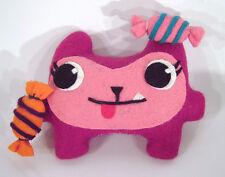 Monster Babette Bonbon Kuschel pink Spielzeug Puppe Kind Geschenk Deko Handarbei