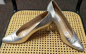 Silver patent court leather shoe by 'Centavrvs', Made in Italy, size 9