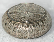 ANTIQUE c1850~~SILVER Filigree PILL or PIN BOX/ NeeDLE HOLDER w/ HINGED LID~~WoW