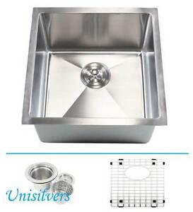 "18"" 15mm (1/2"") Radius Square Corner Stainless Steel Kitchen / Island Bar Sink"