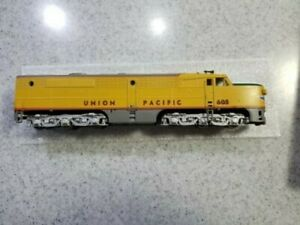 HO Scale Athearn Union Pacific PA1 powered