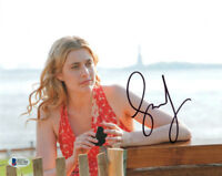 GRETA GERWIG SIGNED 8x10 PHOTO CELEBRATED ACTRESS DIRECTOR LADY BIRD BECKETT BAS
