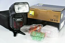 Minty Barely Used!! Nikon SB-910 Speedlite Flash Gun + Box Case & Accessories