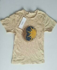 Urban Outfitters Women's Sun Yellow T-shirt Size S Brand New with defect Free PP