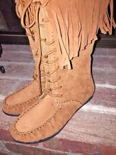 NWOT RAMPAGE CADENCIA SUEDE FRINGE Minnetonka Mocassins WOMENS Shoes BOOTS Sz 8