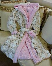KVH by Kelly Van Halen Snow Leopard/Pink Mink Luxury Fur Sm/Med Robe NEW!