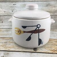 VINTAGE WEST BEND USA Stoneware Crock Bean Pot With Lid Mid Century Pottery