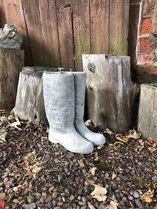 Wellington boot planter wellies welly boot garden stone ornament boots