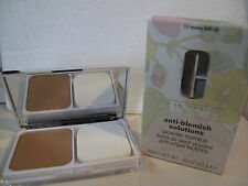 CLINIQUE - ANTI-BLEMISH SOLUTIONS - powder makeup   n° 11 honey.