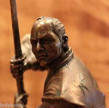 Samurai Krieger mit Schwert in Angriffsstellung, bronziert, Veronese Figur