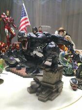 Custom painted comiquette venom, statue