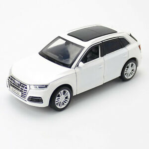 1:32 Audi Q5 SUV Model Car Diecast Toy Vehicle Sound Light Cars Boys Gift White