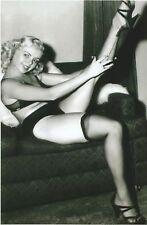 WW II   Photo --      Pin Up Girl       # 73