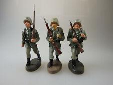 Elastolin 3 div. Deutsche Soldaten im Marsch ab/um 1932 (62206)