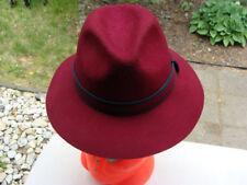 // Isaac Mizrahi New York Women's Red 100% Wool Cap Hat One Size