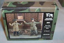 VERLINDEN 1:35 WWII GERMAN PARATROOPERS SURRENDER GAME OVER 2 FIGURES 2011 NIB