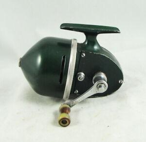 Old Vintage SHAKESPEARE SPIN WONDEREEL No. 1755 Model FF Underspin Reel