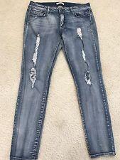 "Women's Bongo Distressed Skinny Jeans sz 13 Waist 35"" Inseam 30"" Rise 9"""