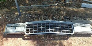 81-85 Chevrolet Chevy Caprice Clip Front Grille Complete Header Clip Panel
