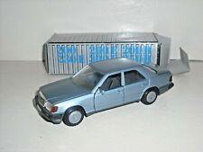Cursor Mercedes Benz 200 -300 series saloon silver blue REf: 1084