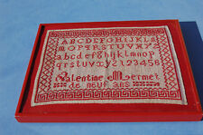 abecedaire au point de croix  ancien dans son cadre Nielsen bordeaux