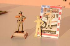 DIORAMA - FIGURE / FIGURINE SHERRIF-POLICE AMERICAINE -  1/43éme - BY TENNESSY