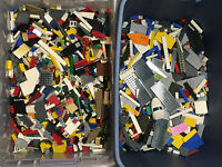 Legos 5 Pounds of Lego Pieces HUGE BULK LOT bricks building blocks w/2 Minifigs