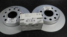 Genuine VW CADDY EOS TOURAN GOLF MK5 REAR BRAKE DISCS & PADS KIT 2005 - 20011